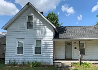 Foreclosed Home in Mount Clemens 48043 FESSENDEN ST - Property ID: 4413528507