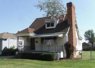 Foreclosed Home in Roseville 48066 NORMANDY ST - Property ID: 4413552148
