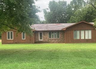 Foreclosed Home in West Frankfort 62896 S COUNTY LINE RD - Property ID: 4413668213