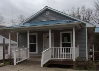 Foreclosed Home in Vanceburg 41179 FAIRLANE DR - Property ID: 4413681806