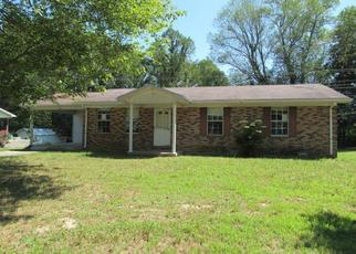 Foreclosed Home in Russell Springs 42642 SHAWNEE AVE - Property ID: 4413686167