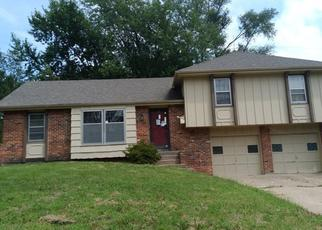 Foreclosed Home in Overland Park 66212 MOODY PARK DR - Property ID: 4413689686