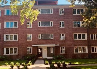 Foreclosed Home in River Forest 60305 OAK AVE - Property ID: 4413726468