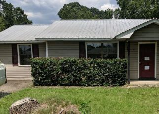 Foreclosed Home in Fitzgerald 31750 CAROL CIR - Property ID: 4413758443