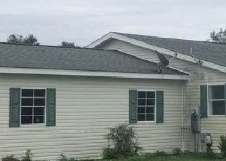 Foreclosed Home in Lady Lake 32159 GRAYS AIRPORT RD - Property ID: 4413771580