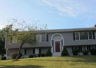 Foreclosed Home in Trumbull 06611 STROBEL RD - Property ID: 4413792605