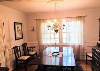 Foreclosed Home in Severna Park 21146 LYNWOOD DR - Property ID: 4413863107