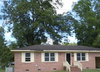 Foreclosed Home in Loris 29569 HILL ST - Property ID: 4413915678