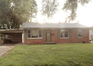 Foreclosed Home in Boonville 47601 S 1ST ST - Property ID: 4414132468