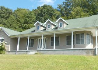 Foreclosed Home in Middlesboro 40965 TWIN FAWN TRL - Property ID: 4414153946