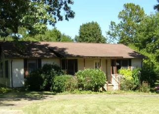 Foreclosed Home in Paducah 42003 JAN ANN DR - Property ID: 4414154367