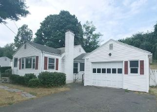 Foreclosed Home in West Springfield 01089 CIRCLE DR - Property ID: 4414206487