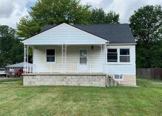 Foreclosed Home in New Boston 48164 MIDDLEBELT RD - Property ID: 4414235840