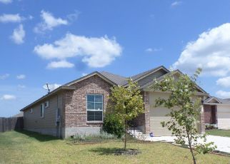 Foreclosed Home in Lockhart 78644 WEDGEWOOD CV - Property ID: 4414297594