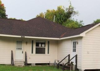 Foreclosed Home in Houston 77016 PEACHTREE ST - Property ID: 4414332180