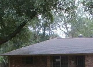 Foreclosed Home in Whitehouse 75791 GATEWOOD DR - Property ID: 4414348389