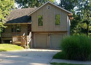 Foreclosed Home in Kansas City 64118 NW REIGER RD - Property ID: 4414562114