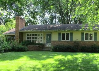 Foreclosed Home in Minneapolis 55423 IRVING AVE S - Property ID: 4414614235