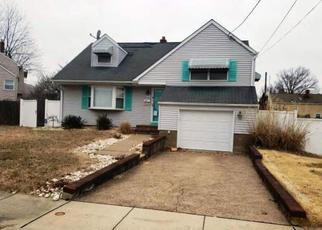 Foreclosed Home in Trenton 08690 BALTUSROL ST - Property ID: 4414664162