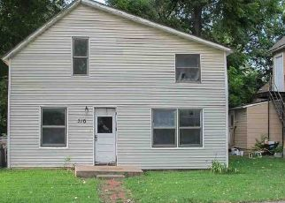 Foreclosed Home in Newton 67114 W BROADWAY ST - Property ID: 4414760978