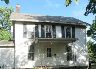 Foreclosed Home in Gibson City 60936 N WOOD ST - Property ID: 4414800382