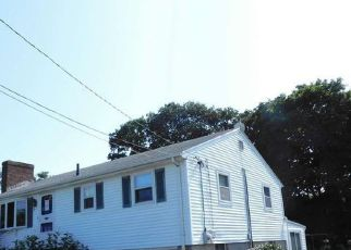 Foreclosed Home in Salem 01970 RAVENNA AVE - Property ID: 4415036899
