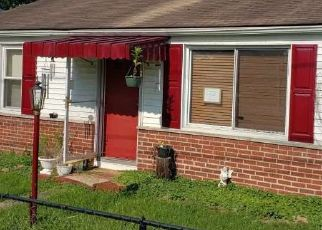 Foreclosed Home in Barboursville 25504 MCCLUNG AVE - Property ID: 4415077175