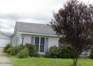 Foreclosed Home in Kevil 42053 GAGE RD - Property ID: 4415081115
