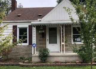 Foreclosed Home in Wyandotte 48192 GODDARD ST - Property ID: 4415167848