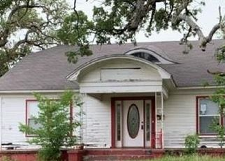 Foreclosed Home in Eastland 76448 W COMMERCE ST - Property ID: 4415208576