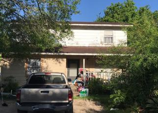 Foreclosed Home in Dayton 77535 PR 6063 - Property ID: 4415253238