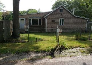 Foreclosed Home in Mastic Beach 11951 ALDER DR - Property ID: 4415268127