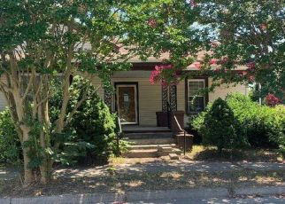 Foreclosed Home in Rocky Mount 27801 S WASHINGTON ST - Property ID: 4415364941