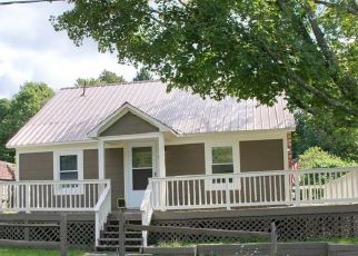 Foreclosed Home in Hillsdale 12529 BRADY LN - Property ID: 4415367114