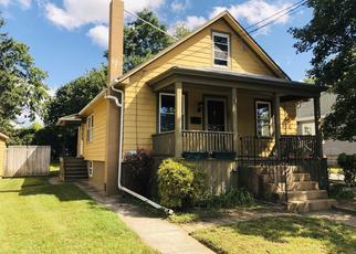 Foreclosed Home in Somerset 02726 WASHINGTON AVE - Property ID: 4415474425
