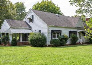 Foreclosed Home in Greensboro 27406 LIBERTY RD - Property ID: 4415570787