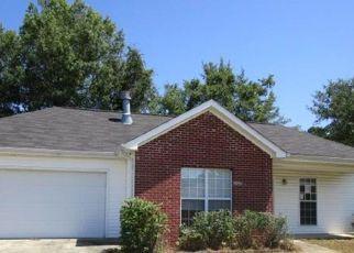 Foreclosed Home in Calera 35040 COVE LNDG - Property ID: 4415761742