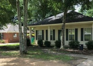 Foreclosed Home in Millbrook 36054 BROWNS RD - Property ID: 4415762165
