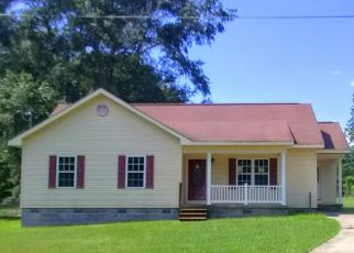 Foreclosed Home in Clanton 35045 1/2 COKER ST - Property ID: 4415773110