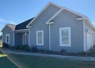 Foreclosed Home in Hawkinsville 31036 RISBY ST - Property ID: 4415797205