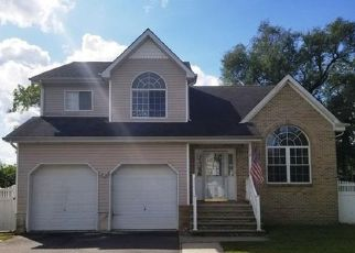 Foreclosed Home in Lakehurst 08733 PINE ST - Property ID: 4415816485