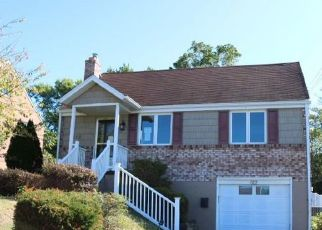 Foreclosed Home in North Versailles 15137 OVERHILL DR - Property ID: 4415837503