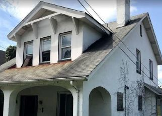 Foreclosed Home in Pittsburgh 15221 SHELBOURNE AVE - Property ID: 4415845834