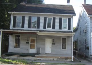 Foreclosed Home in Highspire 17034 MARKET ST - Property ID: 4415869930