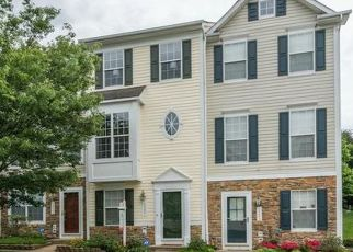 Foreclosed Home in Woodbridge 22192 MAIDSTONE CT - Property ID: 4415901448
