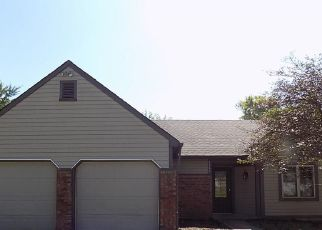 Foreclosed Home in Indianapolis 46254 BRAEMAR DR - Property ID: 4415970205