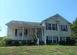 Foreclosed Home in King George 22485 REAGAN DR - Property ID: 4415996939