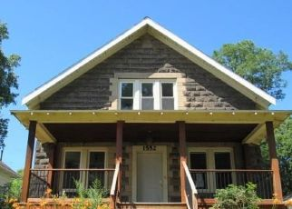 Foreclosed Home in Eau Claire 54703 BELLEVUE AVE - Property ID: 4416012253