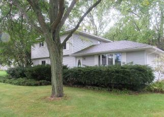 Foreclosed Home in Winneconne 54986 FRONTIER RD - Property ID: 4416022774
