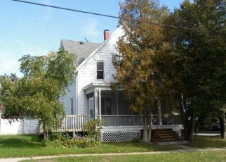 Foreclosed Home in Watertown 53098 N MONTGOMERY ST - Property ID: 4416023198
